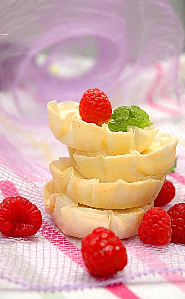 Lemon cheesecake mini tarts